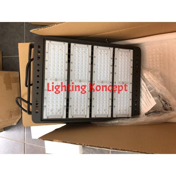 450W Led Shoebox 60280 Lumen